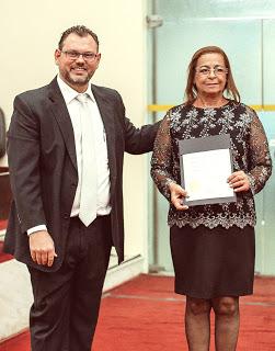 Presidente recebe outorga de chanceler da Academia Brasileira de Escritores - Abresc |